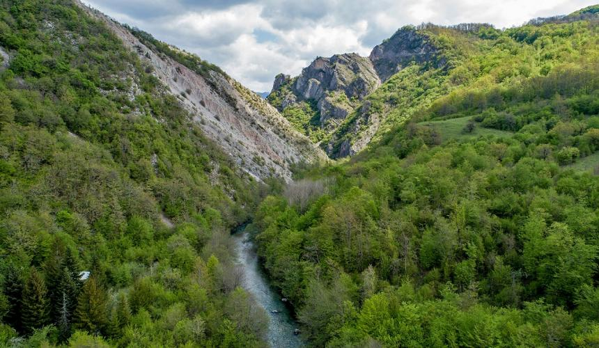 The upper Neretva is one of the most pristine river ecosystems in the Balkans. © Robert Oro