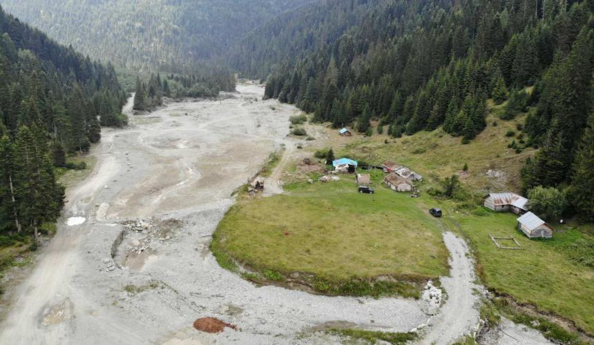 "So sieht ""saubere"" Energie der Kelag aus: der zerstörte Fluss Lumbardhi im Nationalpark. © Shpresa Loshaj"
