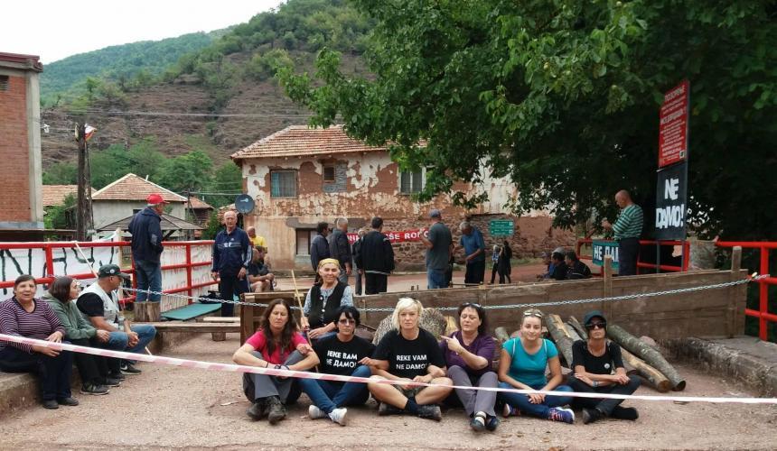 Am ersten Tag der Solidaritätswache. Seither ist die Unterstützung stetig gewachsen! © Nensila Radojkovic