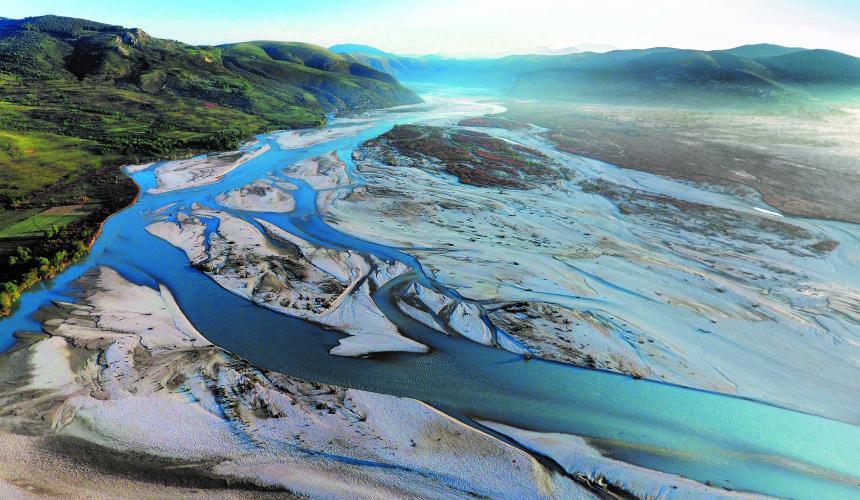 Die IUCN bestätigt, dass sich die Vjosa für die Ausweisung als Nationalpark qualifiziert. Wird die albanische Regierung ihrer Empfehlung folgen?  © Gregor Subic