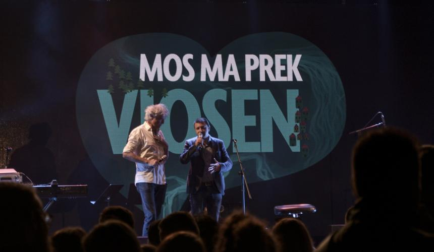 Ulrich Eichelmann, Riverwatch (left) and Olsi Nika, EcoAlbania (right) speak of the uniqueness of the Vjosa river  © Moris Rama