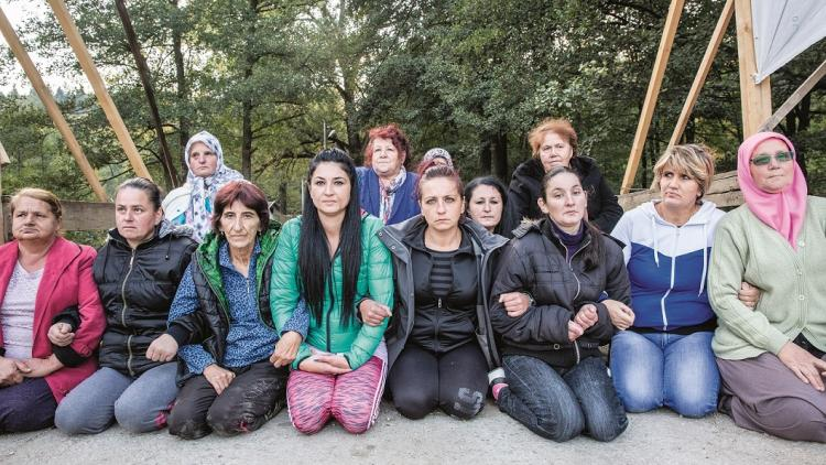 The brave and determined women of  Kruščica, who have been occupying this bridge, 24 hours a day, for over 200 days, to prevent the construction of a hydropower plant. Now they need your support for one day © Andrew Burr