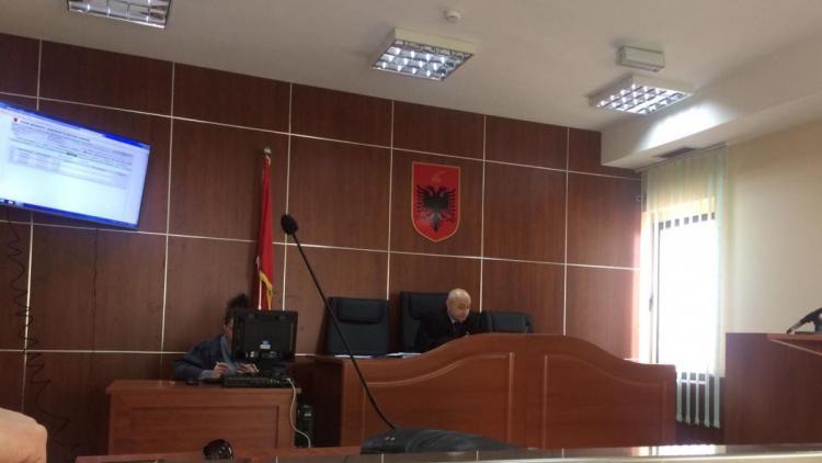 Der Richter nahm unsere Poçem Klage offiziell an © Olta Hadushaj