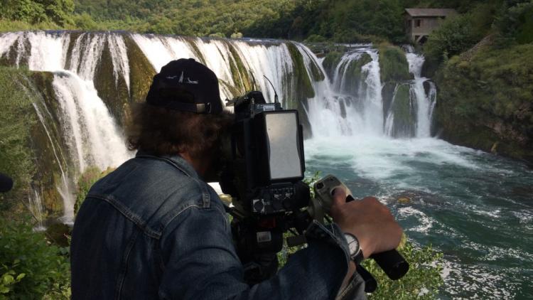 Filming at the Una in Bosnia-Herzegovina © Ulrich Eichelmann