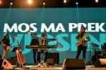 Brilliant Vlashent Sata with band © Moris Rama