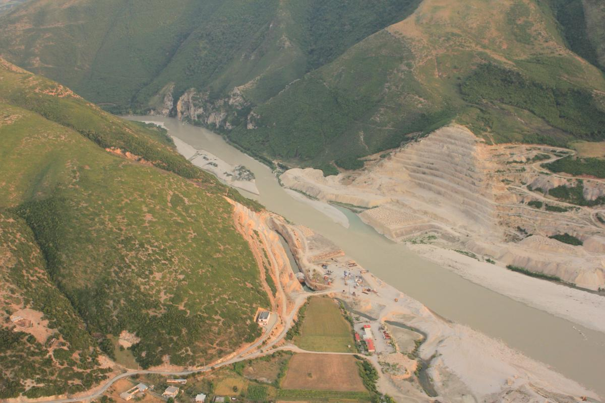 The unfinished Kalivaç dam on the Vjosa in Albania. Now, a new concession shall revive its construction. © Roland Dorozhani