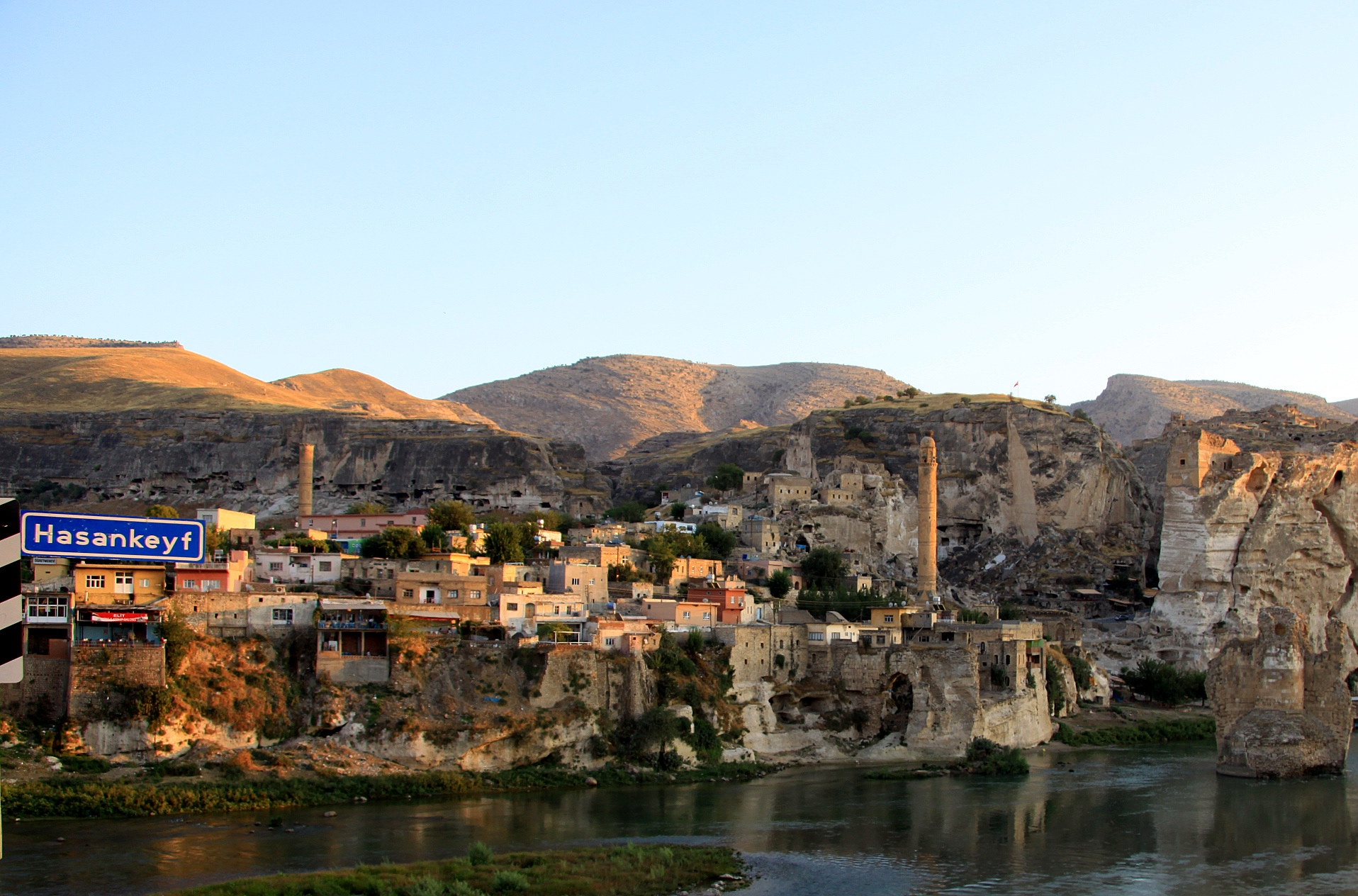 Hasankeyf - the cradle of civilisation - being destroyed for the Ilisu dam ©  Annette Bender