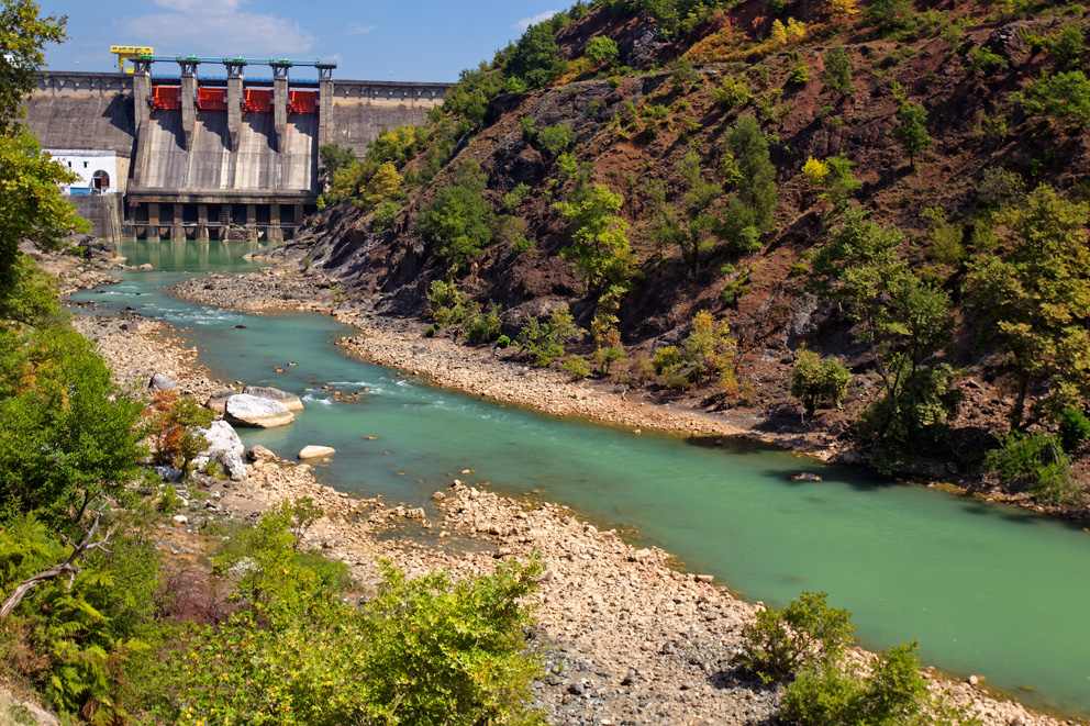 Shkopet dam on the Mat River in Albania. © Goran Šafarek