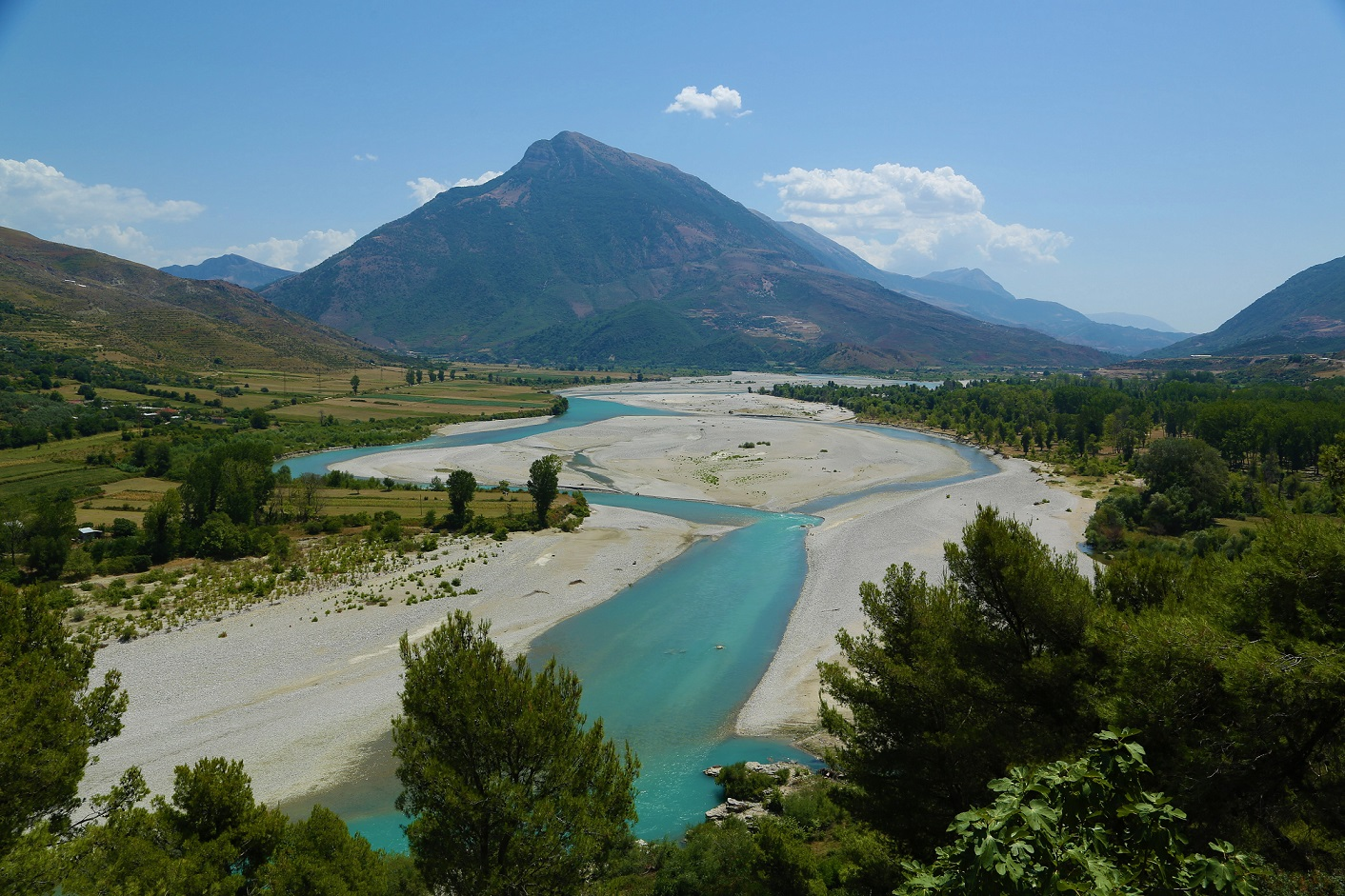 The Vjosa river. The EU calls for its protection, but the Albanian government wants to have hydropower plants constructed © Christian Baumgartner/Nationalpark Donau-Auen